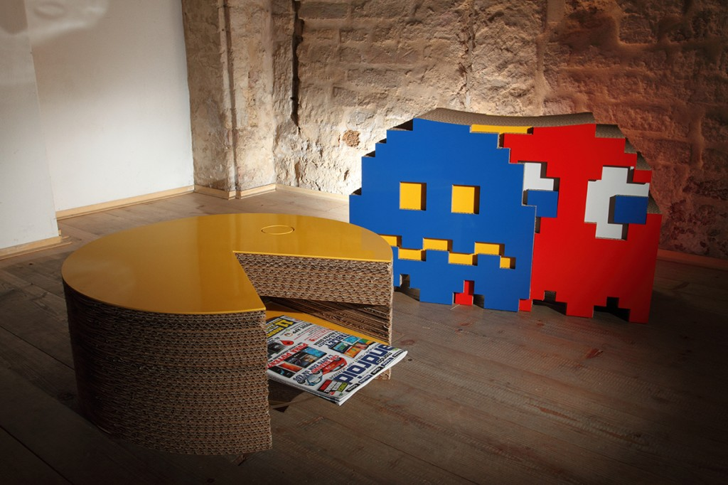 cardboard furnishing made in italy: table pacman